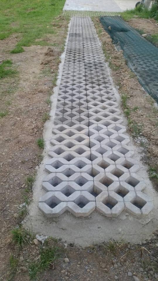 Gut gemocht Rasengittersteine verlegen - Bauanleitung zum Selberbauen - 1-2-do NA95