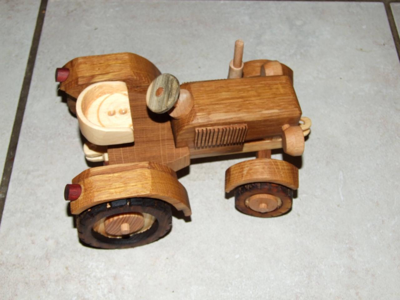traktor aus holz - bauanleitung zum selberbauen - 1-2-do - deine