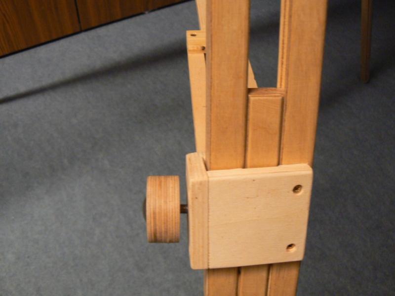 ein stabiles stativ aus holz bauanleitung zum selberbauen 1 2 deine heimwerker. Black Bedroom Furniture Sets. Home Design Ideas
