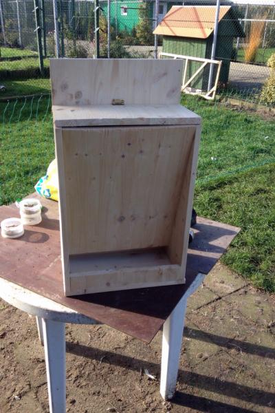 futterautomat f r h hnerstall bauanleitung zum selberbauen 1 2 deine heimwerker. Black Bedroom Furniture Sets. Home Design Ideas