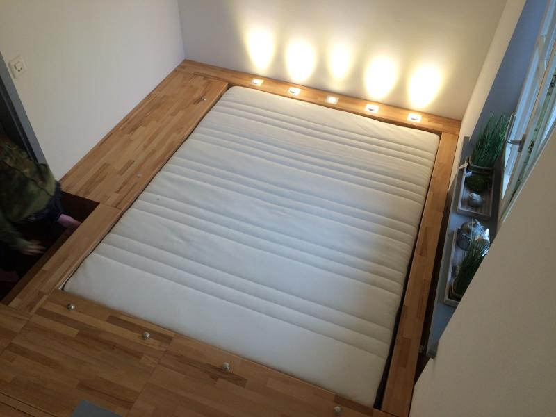 Das Schlafzimmer hinter der Geheimtür - Podestbett ...