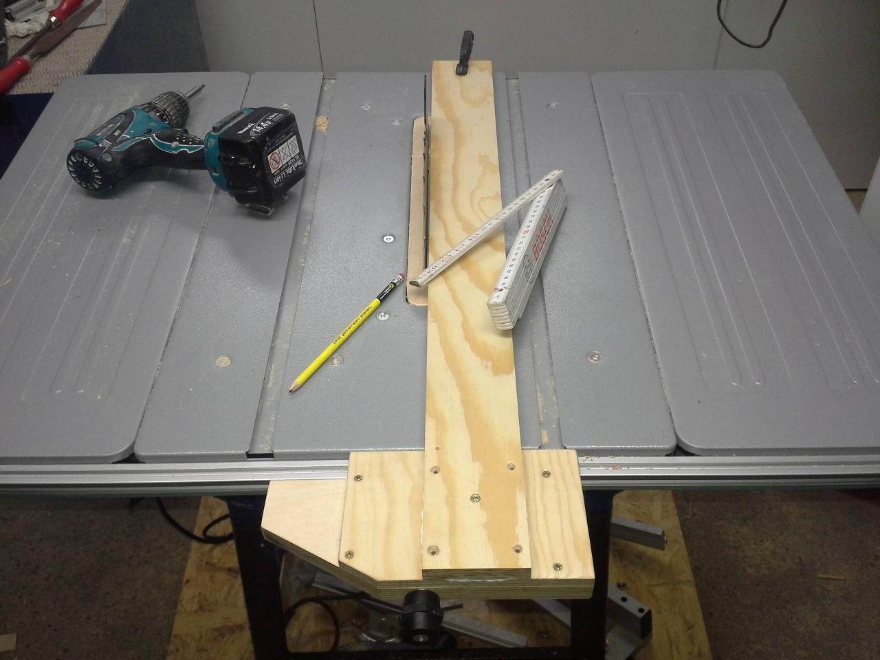 parallelanschlag für tischkreissäge - bauanleitung zum selberbauen