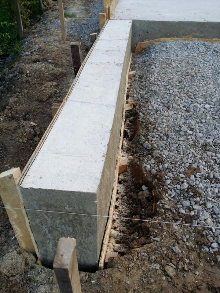 Mauer Oder Fundament Fur Mauer Giessen Bauanleitung Zum Selberbauen
