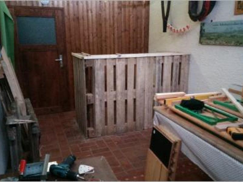bar f r partyraum aus paletten bauanleitung zum selberbauen 1 2 deine heimwerker. Black Bedroom Furniture Sets. Home Design Ideas