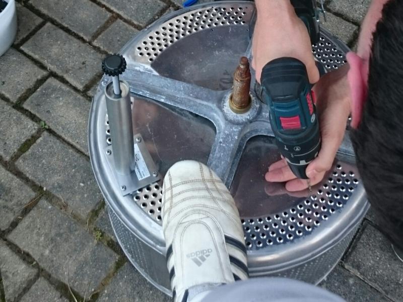 aus einer waschetrommel einen feuerkorb bauen bauanleitung zum selberbauen 1 2. Black Bedroom Furniture Sets. Home Design Ideas