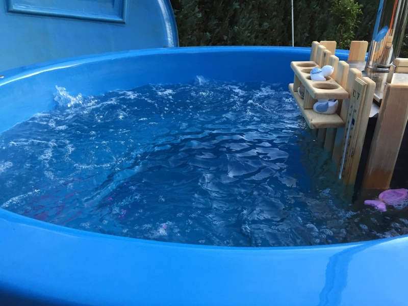 Whirlpool im garten bauanleitung zum selberbauen 1 2 - Whirlpool temperatur sommer ...