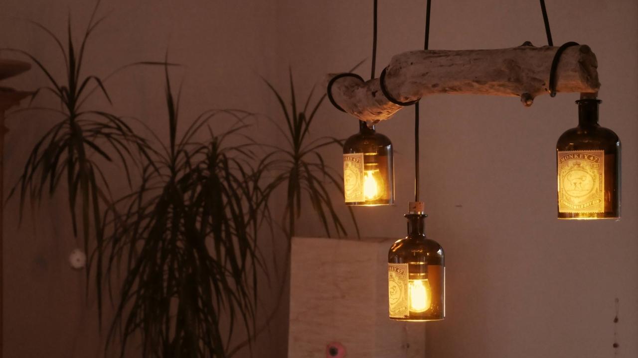 Diy Desinger Led Lampe Aus Treibholz Und Alten Flaschen Monkey 47