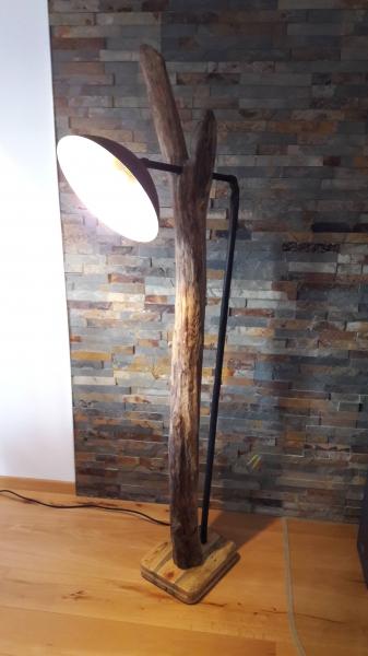Stehlampe selber bauen