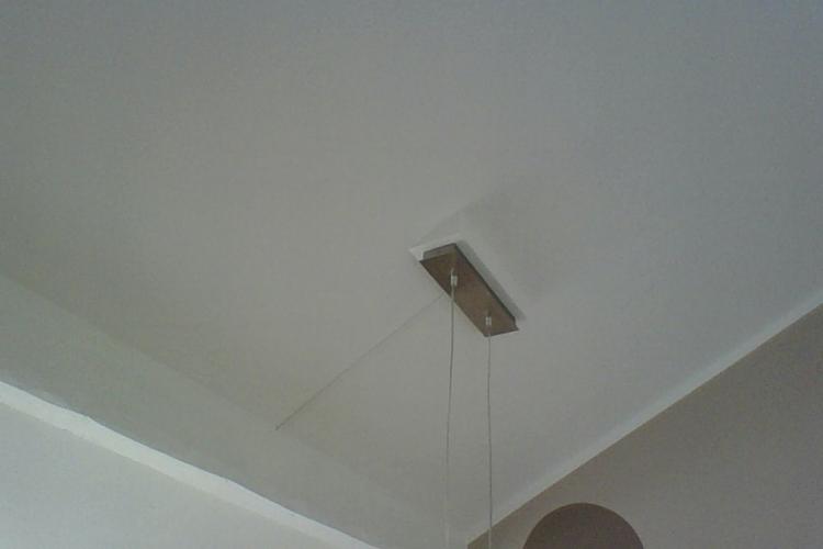 holzkonstruktion f r lampen baldachin bei dachschr ge. Black Bedroom Furniture Sets. Home Design Ideas