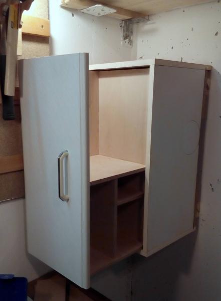 Apothekerschrank - Recycling aus Küchenschrank ...