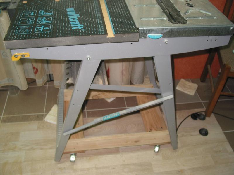 Fußboden Aus Palettenholz ~ Werktisch auf rollen palettenholz bauanleitung zum selberbauen