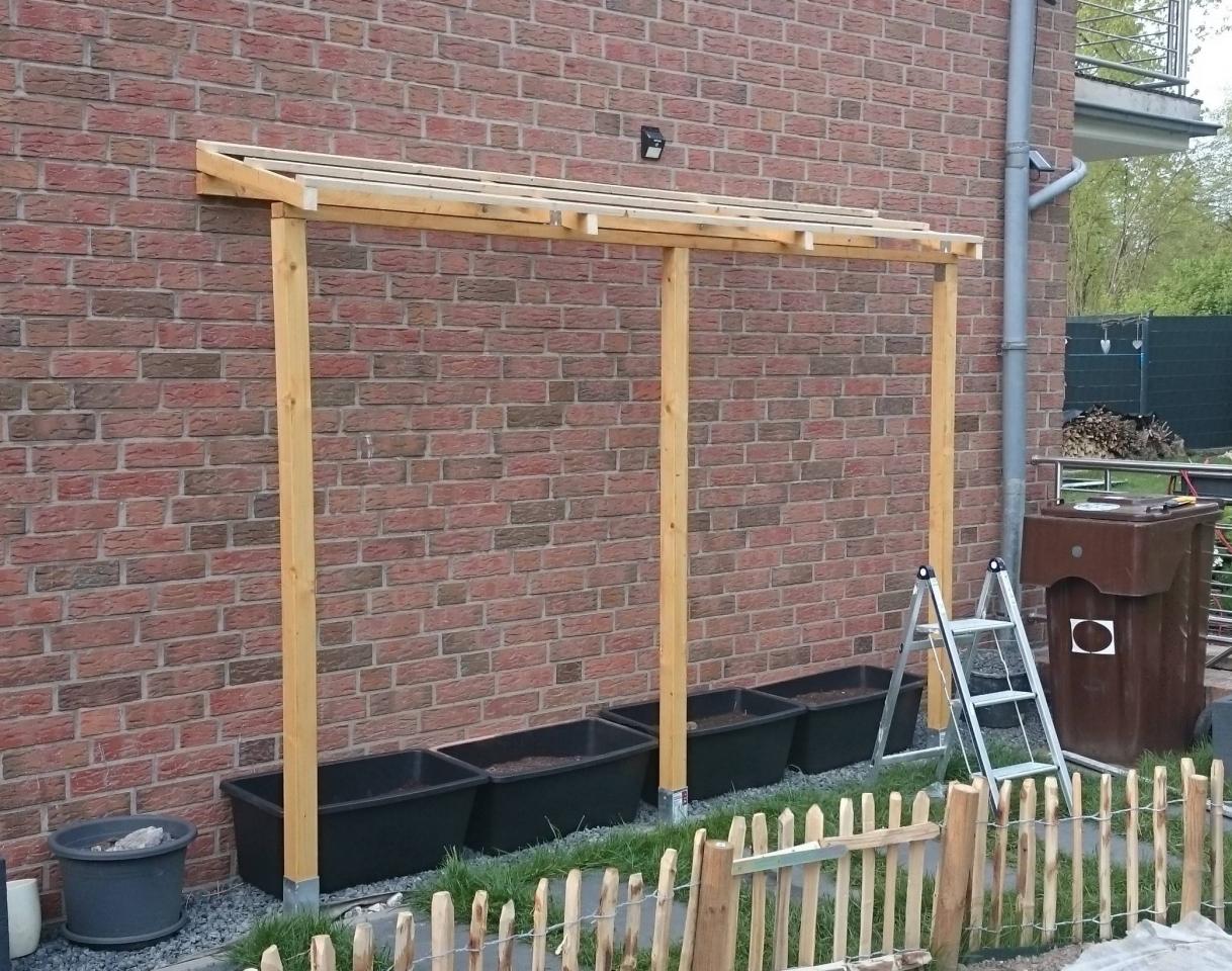 Ein Tomatenhaus ans Haus angelehnt   Bauanleitung zum Selberbauen ...
