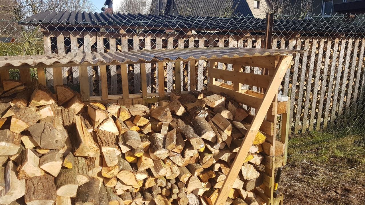 Holzunterstand Aus Einwegpaletten Bauanleitung Zum Selberbauen 1
