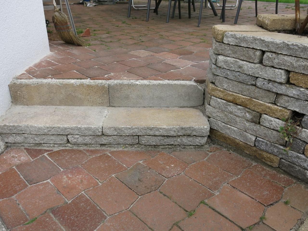 trockenmauer zur beetbegrenzung - bauanleitung zum selberbauen - 1-2