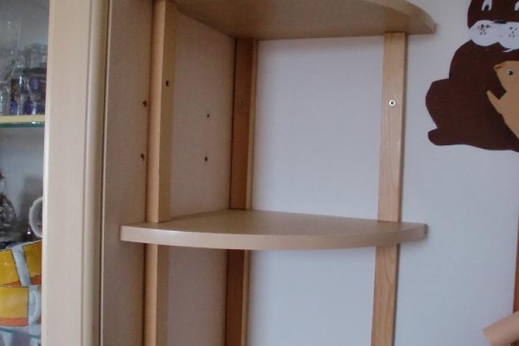 eckregal f r k chenoberzeile bauanleitung zum selberbauen 1 2 deine heimwerker. Black Bedroom Furniture Sets. Home Design Ideas