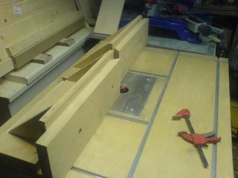 Tisch Für Die Oberfräse Bauanleitung Zum Selberbauen 1 2 Docom