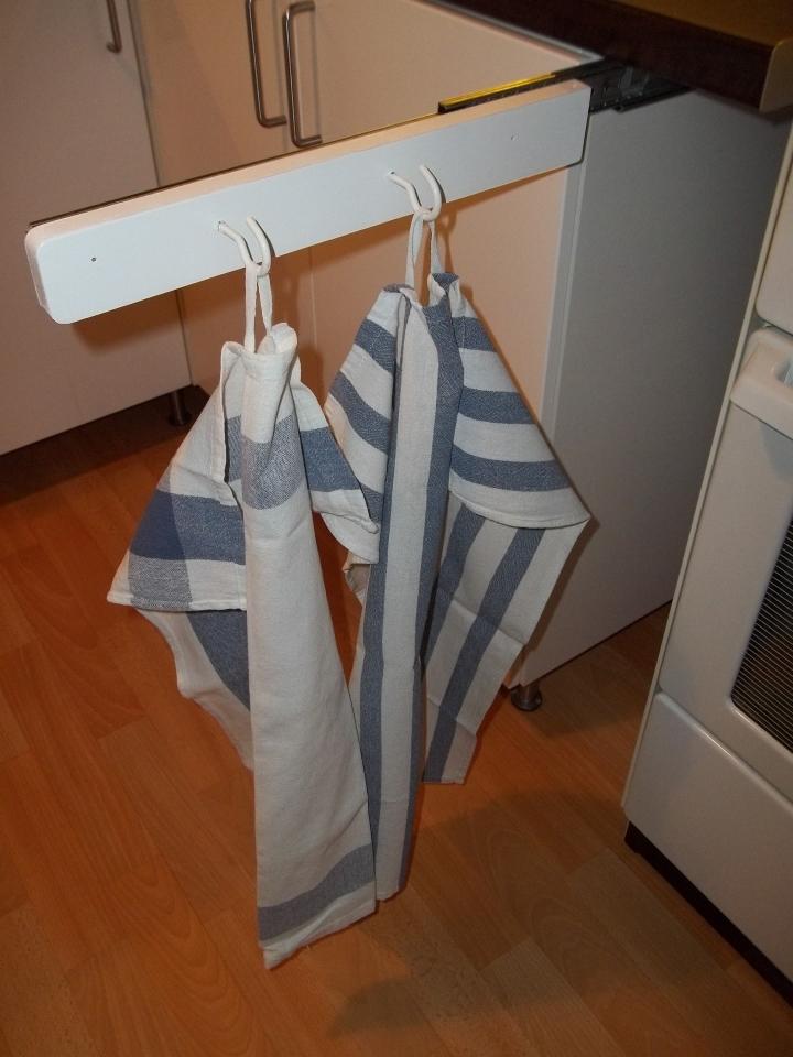 Ausziehbarer Geschirrtuchhalter für Küche Bauanleitung
