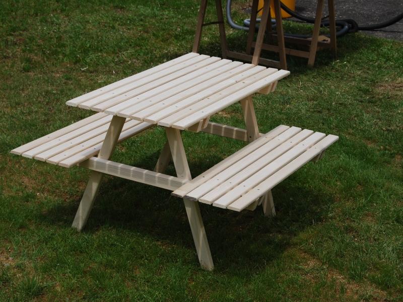 Picknicktisch f r kinder gartentisch bauanleitung zum selberbauen 1 2 deine - Gartentisch bauanleitung ...
