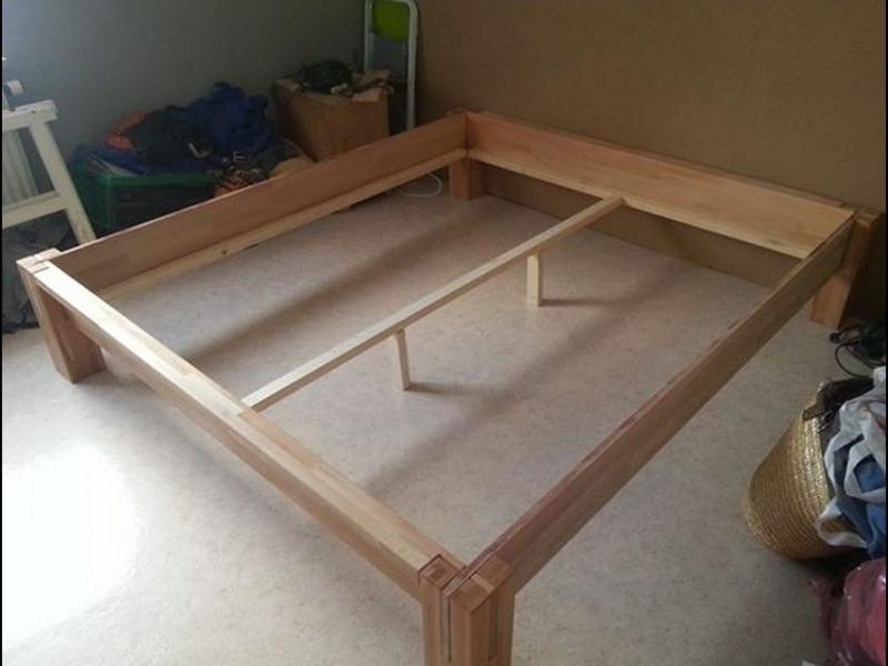 massivholz bett ohne schrauben nachgebaut bauanleitung zum selberbauen 1 2 deine. Black Bedroom Furniture Sets. Home Design Ideas