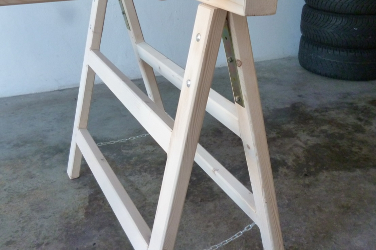 arbeitsb cke klappb cke holzb cke klappbar. Black Bedroom Furniture Sets. Home Design Ideas