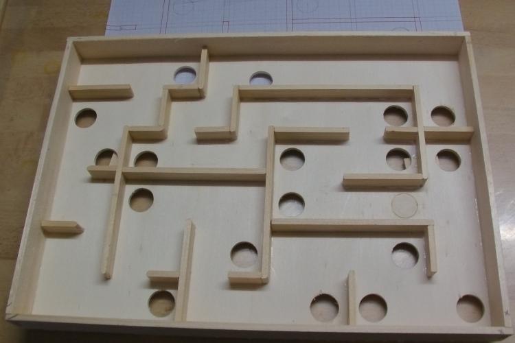 murmel labyrinth ein geschicklichkeits spiel. Black Bedroom Furniture Sets. Home Design Ideas