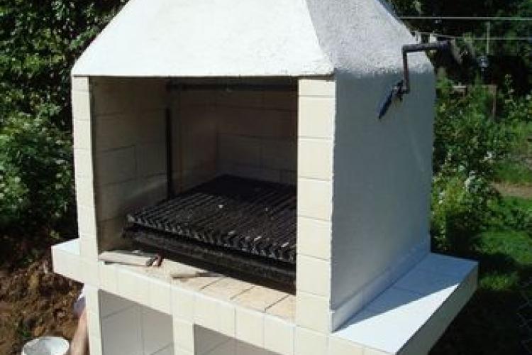 argentinische parrilla grill bauen bauanleitung zum. Black Bedroom Furniture Sets. Home Design Ideas