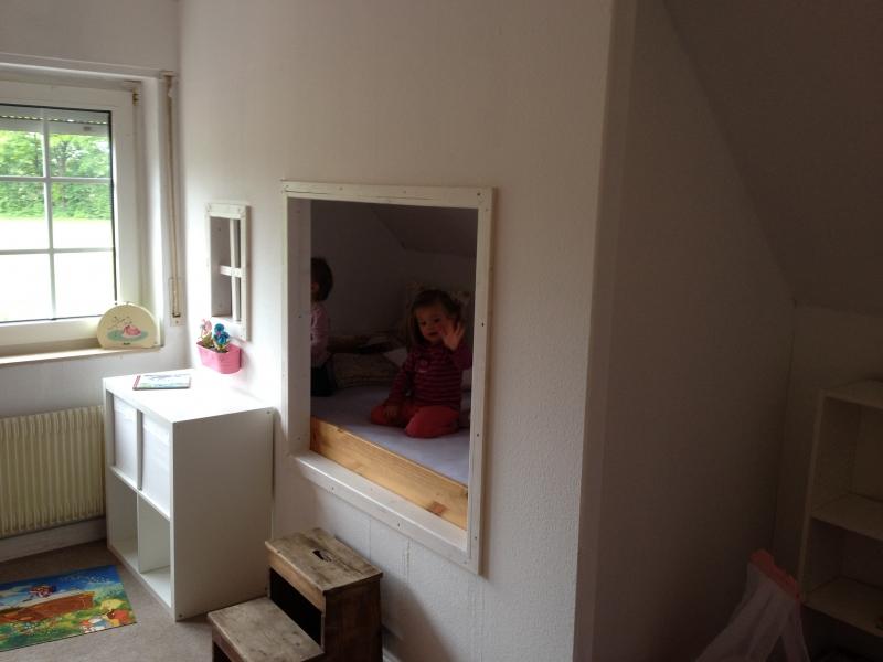 bett in der wand wohn design. Black Bedroom Furniture Sets. Home Design Ideas