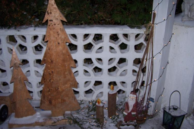 dekorative weihnachtsb ume aus holz bauanleitung zum selberbauen 1 2 deine. Black Bedroom Furniture Sets. Home Design Ideas