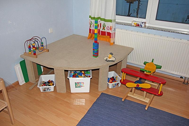 Spielpodest fürs Kinderzimmer - Bauanleitung zum Selberbauen - 1-2 ...