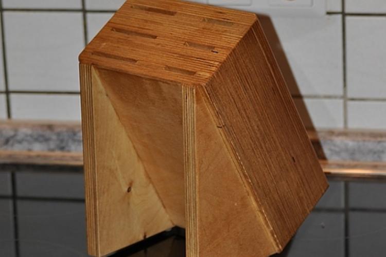 messerblock aus multiplex bauanleitung zum selberbauen 1 2 deine heimwerker community. Black Bedroom Furniture Sets. Home Design Ideas