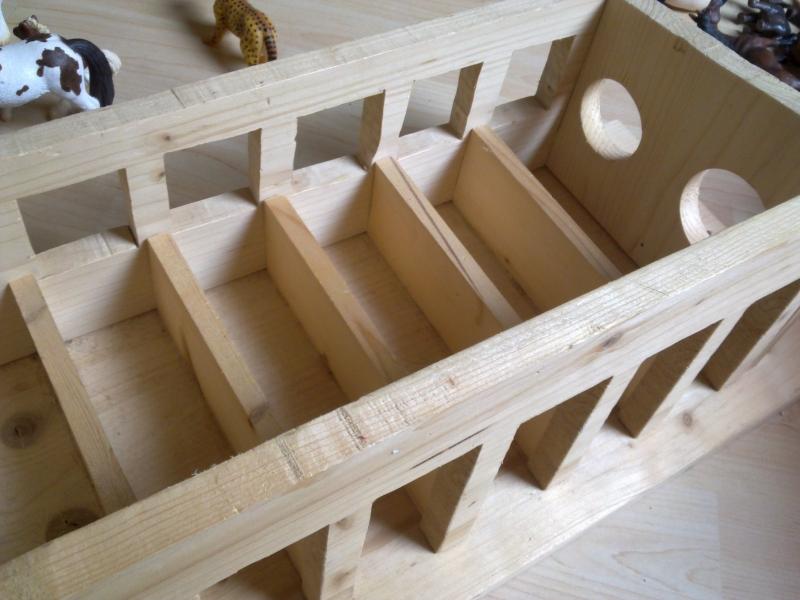 pferdestall selber bauen awesome twercs ladekoffer offen. Black Bedroom Furniture Sets. Home Design Ideas