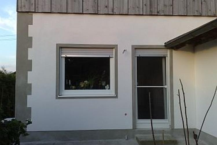 fassade neu verputzen bauanleitung zum selberbauen 1 2 deine heimwerker community. Black Bedroom Furniture Sets. Home Design Ideas