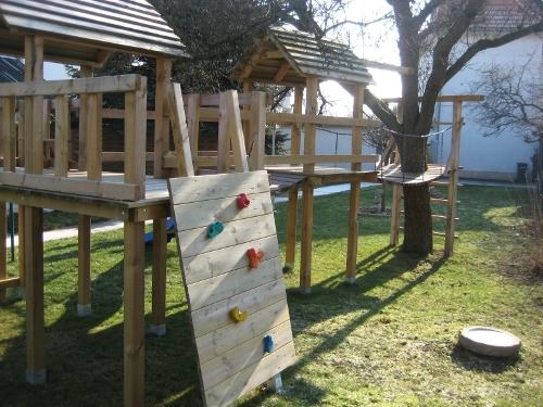 Klettergerüst Bauanleitung : Kletterturm für meine kinder bauanleitung zum selberbauen