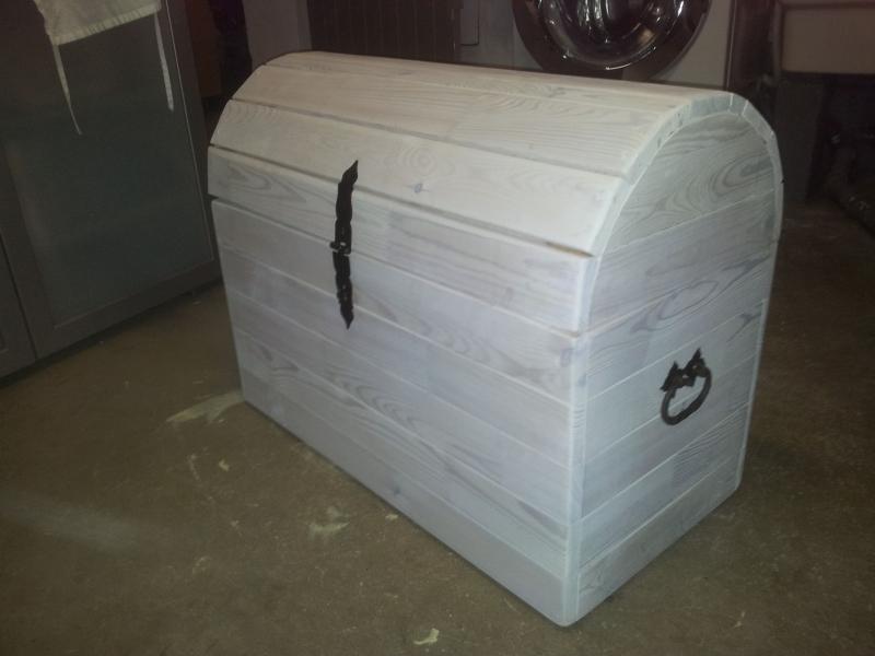 die schatzkiste bauanleitung zum selberbauen 1 2 deine heimwerker community. Black Bedroom Furniture Sets. Home Design Ideas