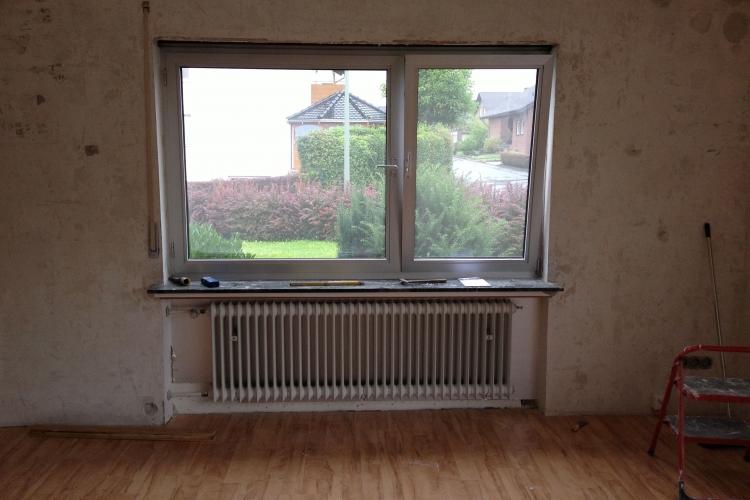 heizk rpernischen zumauern und neue heizk rper montieren. Black Bedroom Furniture Sets. Home Design Ideas