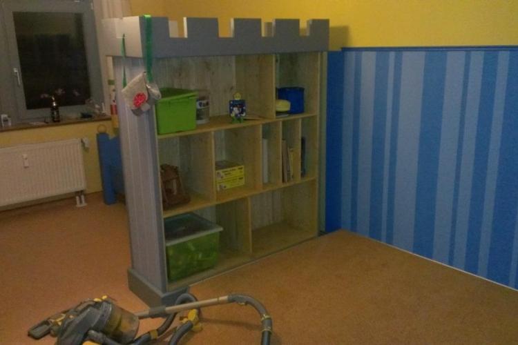 Kinderzimmer renovierung bauanleitung zum selberbauen for Spielpodest kinderzimmer