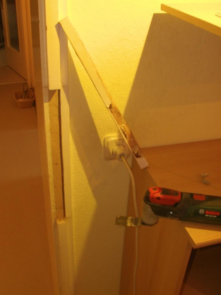 Super Reparatur eines Türrahmens im Bereich des Schließbleches RX64