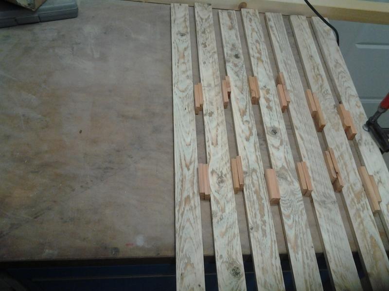 bretter zuschneiden top obi hornbach zuschnitt preise obi preisliste holz zuschneiden lassen. Black Bedroom Furniture Sets. Home Design Ideas