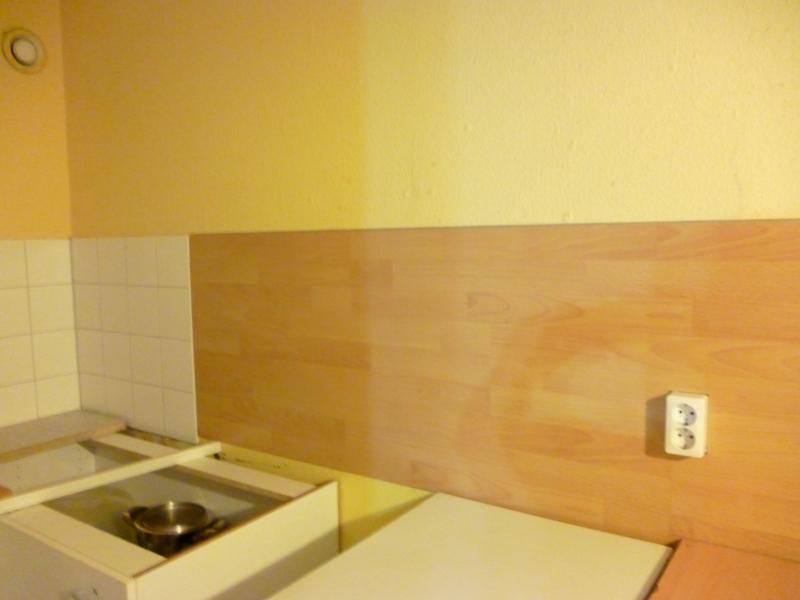 laminat auf fliesen kleben wand wohn design. Black Bedroom Furniture Sets. Home Design Ideas