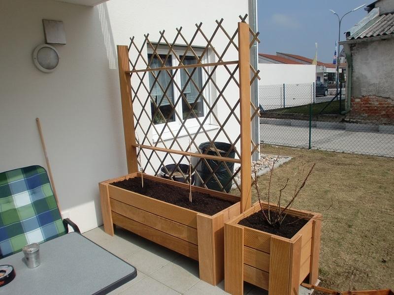 pflanzkasten auf der terasse bauanleitung zum selberbauen 1 2 deine heimwerker. Black Bedroom Furniture Sets. Home Design Ideas