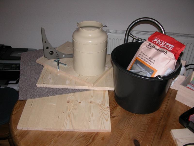 Baumstamm Restliche Materialien Vorbereiten
