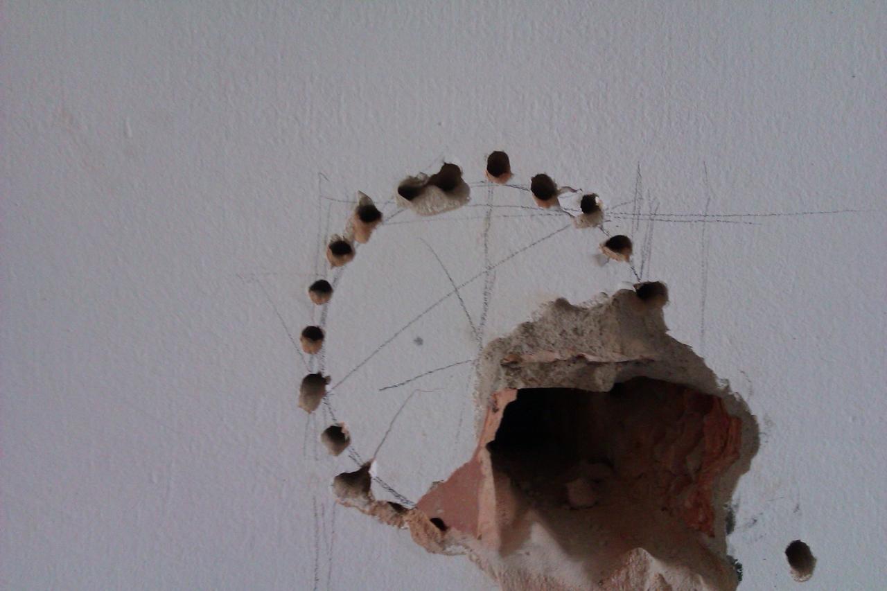 Sehr Loch in die Wand ..Kaminofenanschluss. - Bauanleitung zum TO66