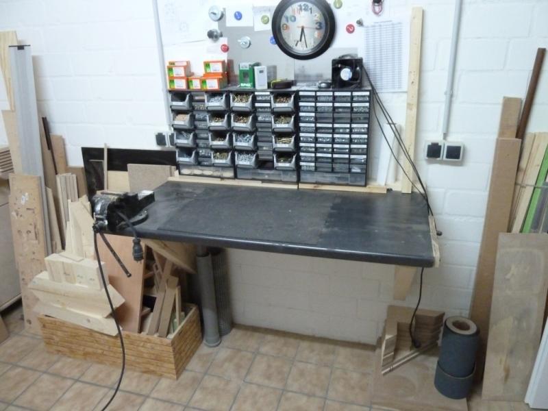 klappbare frei h ngende werkbank bauanleitung zum selberbauen 1 2 deine heimwerker. Black Bedroom Furniture Sets. Home Design Ideas