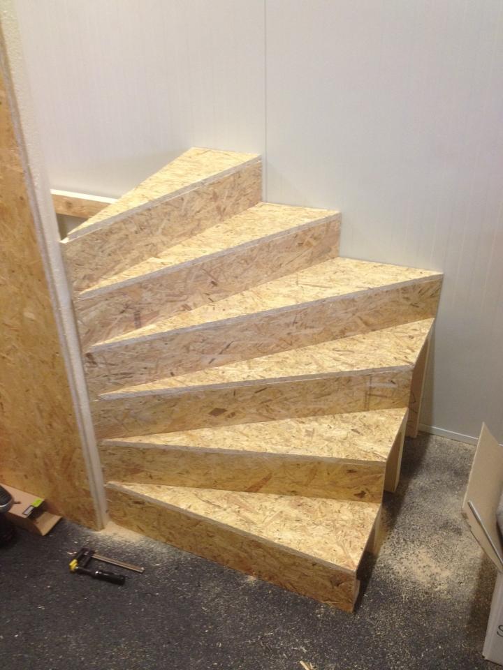 Stiegenaufgang Selbst Gebaut Bauanleitung Zum Selberbauen 1 2