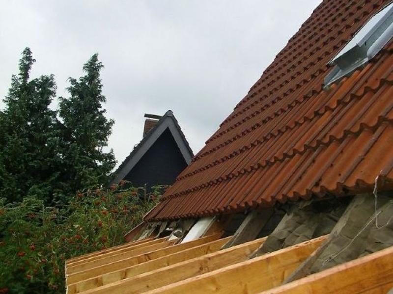 Dach Neu Decken Anleitung Finest Bauen Dach Dachdecker With Dach