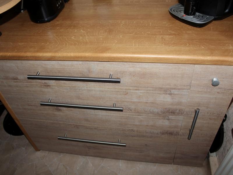 aus kleiderschrank wird k che mit viel stauraum bauanleitung zum selberbauen 1 2. Black Bedroom Furniture Sets. Home Design Ideas