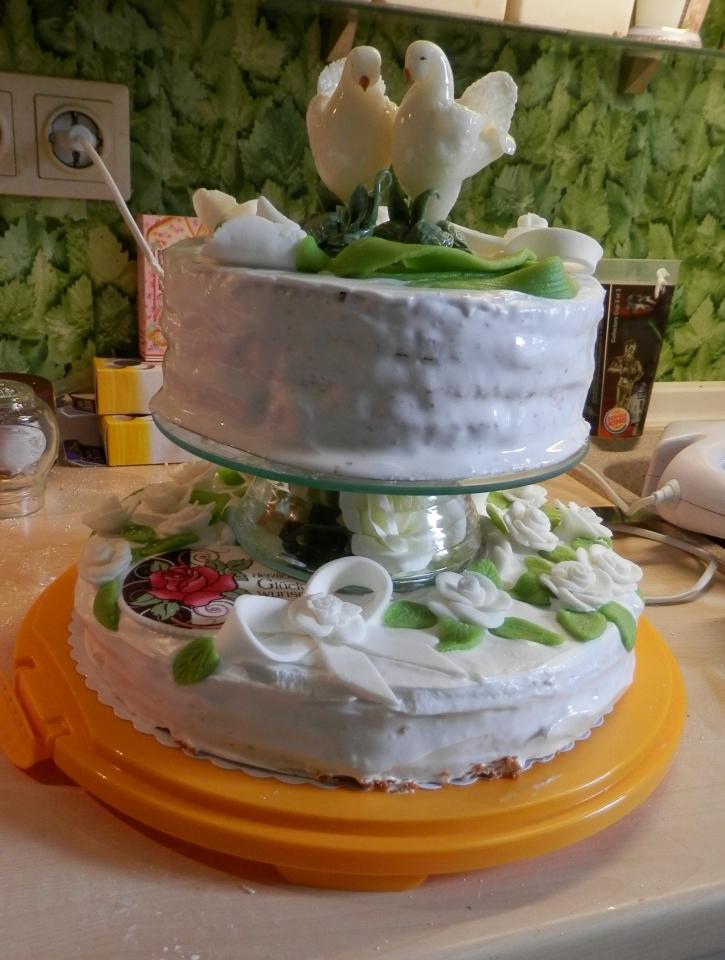 Etagere Fur Die Hochzeitstorte Bauanleitung Zum Selberbauen 1