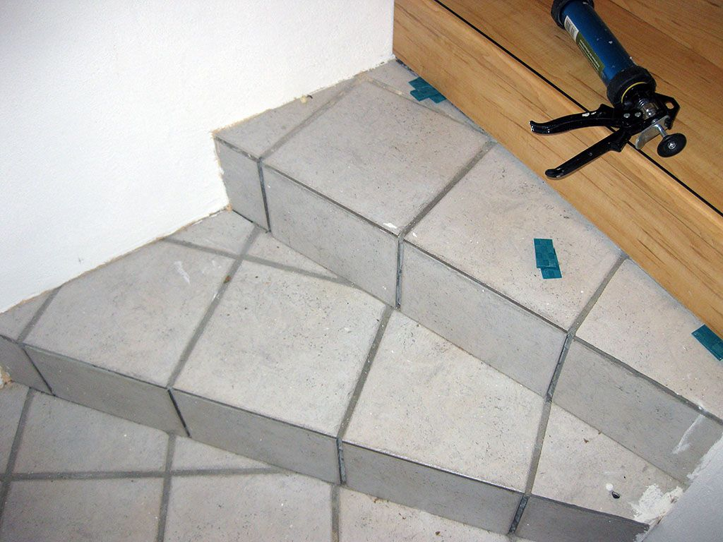 Häufig Treppe sanieren (alt: Fliesen, neu: Laminat Treppensystem SQ23