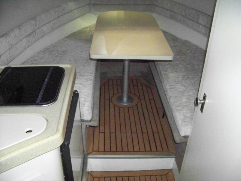 Fußboden Yacht ~ Adresse für den kauf von hanse yachts dehler moody und